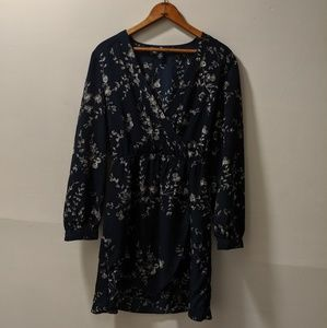 GAP long sleeve wrap Dress- M